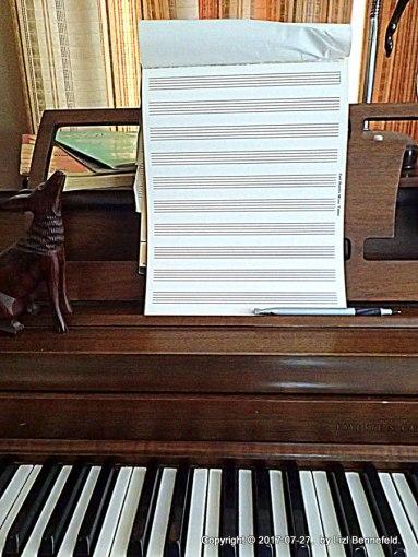 piano, staff paper