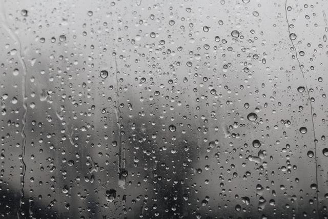 misty window / unsplash site