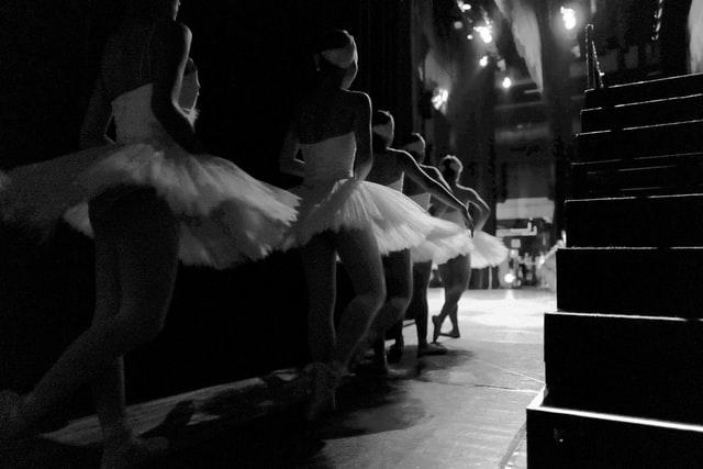 ballet dancers entering the stage