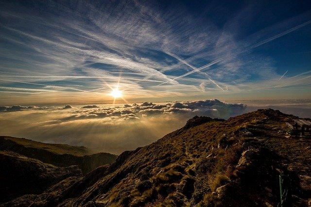 pixabay image mountains-190055_640